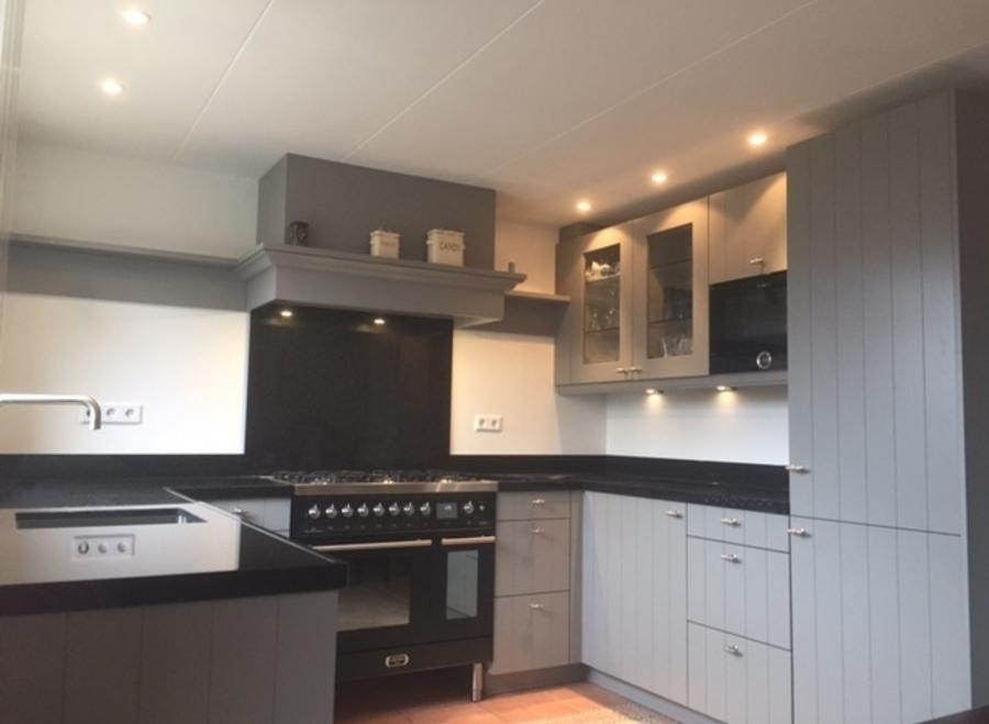 Voorbeeld Bestek Badkamer : Moderne keuken voorbeelden. affordable moderne keuken met kookeiland